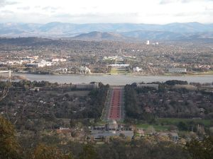 800px-Canberra_parliamentary_axis